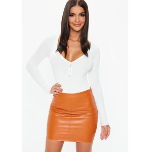 🆕Missguided Faux Leather Orange Mini Skirt